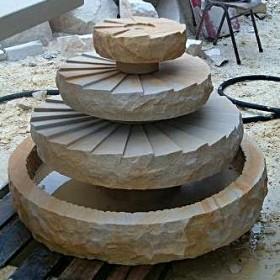 Fontanny z piaskowca
