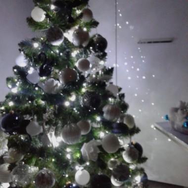 Spokojnych rodzinnych i radosnych Świąt
