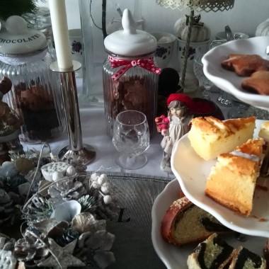 ..............i słodkości dla gości...............