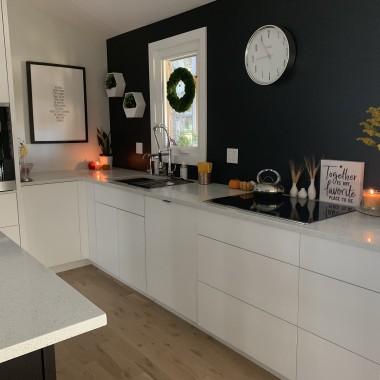 Kuchnia i trochę domu w jesiennej aranżacji