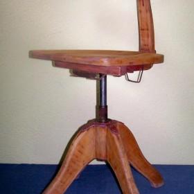 stare obrotowe krzeslo do biurka bauhaus