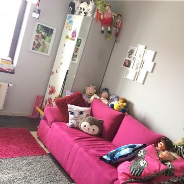 sofa w konkretnym kolorze