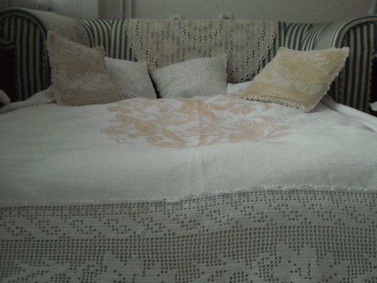 Pozostałe, Jak zmieniało się moje mieszkanie.................. - ..............i moja sofa................