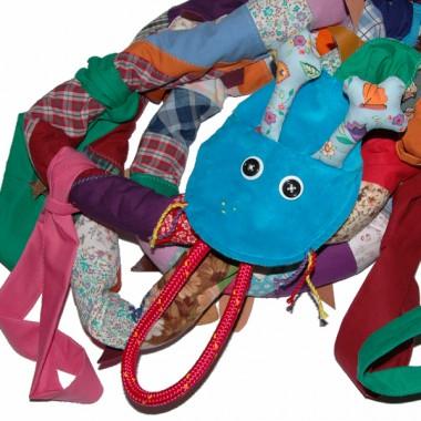 smoko-wąż dla przedszkolaków czyli pomocna lina podczas spacerów