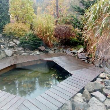 Witajcie kochani:)  U nas od dłuższego czasu jesień niestety zimna, ponura i deszczowa. Jednym z moich  sposobów na poprawę nastoju w taki czas, jest ciepła kąpiel. Chciałam pokazać Wam naszą łazienkę po generalnym remoncie. Miłej niedzieli życzę i słonka jesiennego:*