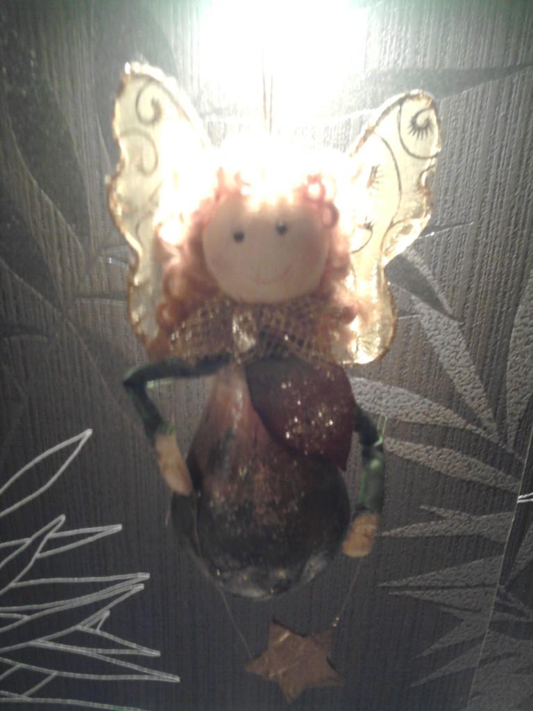Pozostałe, Świąteczne podrygi... :) - A ten Aniołek roznosi magię Świąt :)
