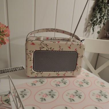 Słodkie radio przywiozłam z Norwegii już dawno...z myślą oczywiście o wymarzonej kuchni :-)