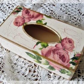 Chustecznik decoupage, pudełko na chusteczki higieniczne Kwiaty