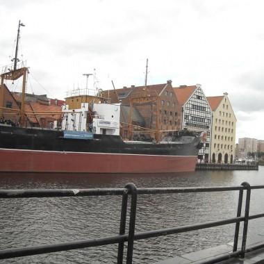 .............statek muzeum Sołdek...........