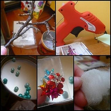 pistolet na gorący klej + gałązka + podstawka + coś do dekoracji i...