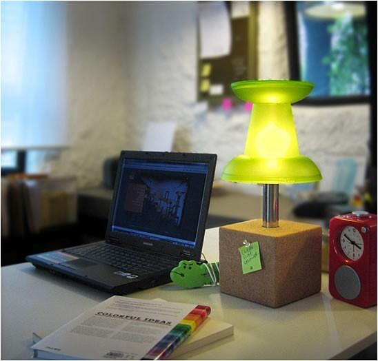 Oświetlenie, Lampy i lampki - Lampa w stylu Push-pin