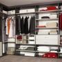 Garderoba, Garderoba idealna - Ogromna garderoba, która pomieści wszystkie ubraniowe skarby. Źródło: https://www.flickr.com/