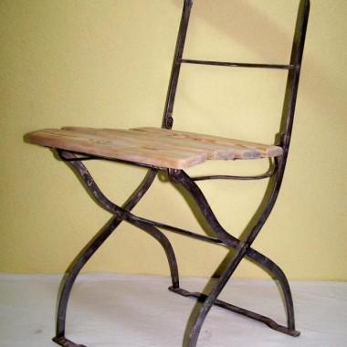 stare składane krzesło ogrodowe