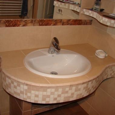 Przedstawiam różne sposoby wykonania blatów umywalkowych zrobionych przez nas. Oczywiście możemy też inaczej....tylko trzeba odpowiedniego klienta :)