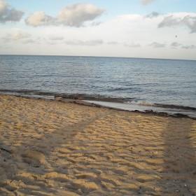 Co słychać nad morzem...........szum fal.............