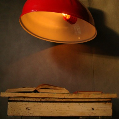 RED BLOODED INDUSTRIAL LAMP