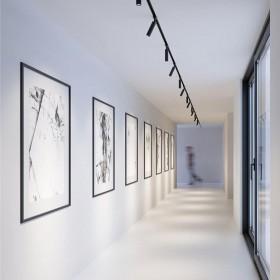Oświetlenie korytarzy i schodów