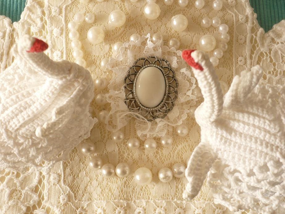 Pozostałe, Kwietniowa..... wiosenna .....galeria............ - .................i białe łabędzie......................