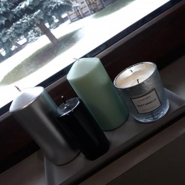 Po okresie przepychu bożonarodzeniowych dekoracji przyszedł czas na minimalistyczne miętowe dodatki. Dom wygląda teraz bardzo soute, w zasadzie tak lubię go najbardziej. Za oknem klimat istnie zimowy. Pozdrawiam serdecznie