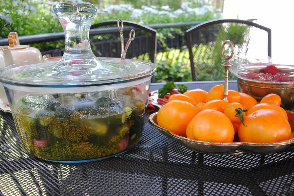 Pozostałe, Smaczne lato :) - Uwielbiam żółte pomidory ,są bezpestkowe i bardzo pyszne :)