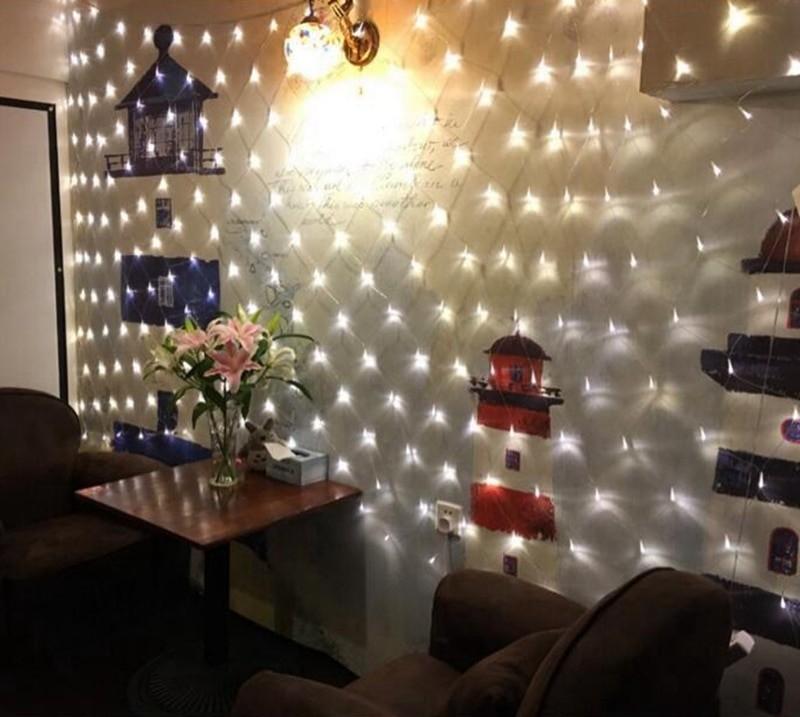 Salon, Siatka LED - siatka LED w pokoju.