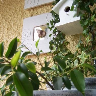 No i to właśnie cała ja :o) Dopiero co założyłam profil na deccorce i zdążyłam wkleić kilka zdjęć naszego balkoniku a tu mi w głowie znów kotłuje się milion pomysłów co by tu zmienić :o) No i jak ich nie realizować??? A na tym pewnie jeszcze nie koniec :o)))))))))))))))