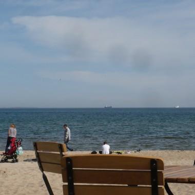 .............i pierwsi goście na plaży..............