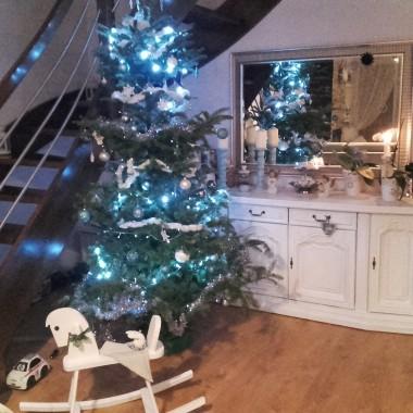 Last Christmas /  ostatnie chwile z choinką