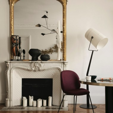 Właściciel tego mieszkania w urządzeniu swojego paryskiego apartamentu poprosił francuskiego architekta Maureena Karsentyhttps://www.maureenkarsenty.com/