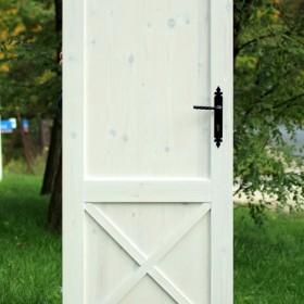 Rustykalne drzwi DIY