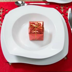 Jak przygotować stół na świąteczną kolację?