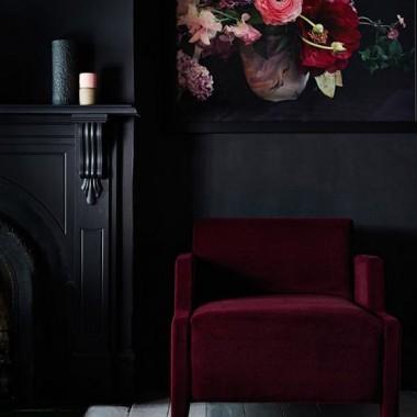 Bordo,burgund,śliwka,winna czerwień to doskonałe kolory na jesień.Pięknie współgrają  również innymi barwami .Niestety nie sprawdzą się we wszystkich wnętrzach ,ale w zimne dni  będą emanowały ciepłem i energią.
