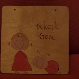Oddam tabliczkę drewnianą