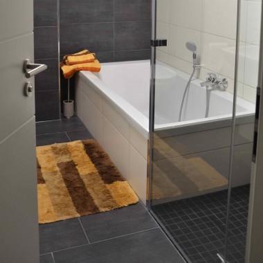 Czyszczenie szklanej kabiny prysznicowej, kafli ...