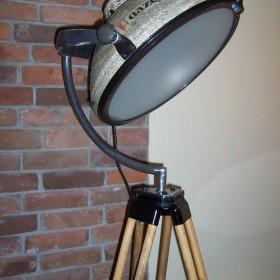 Sprzedam - Lampa na statywie