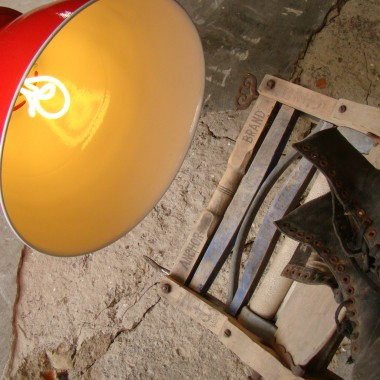RASPBERRY INDUSTRIAL LAMP