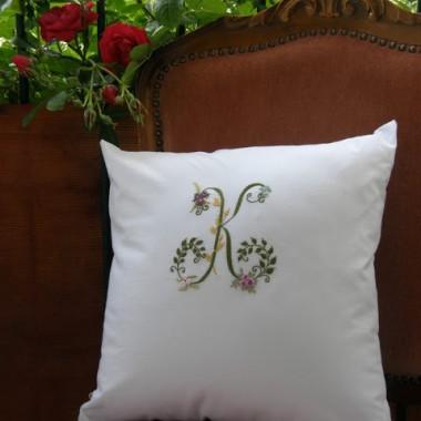 Poduszki z monogramem