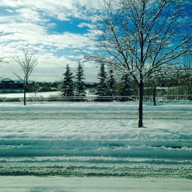 A za oknem pada... Pada śnieg
