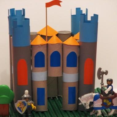 Zamek z rolek po papierze toaletowym
