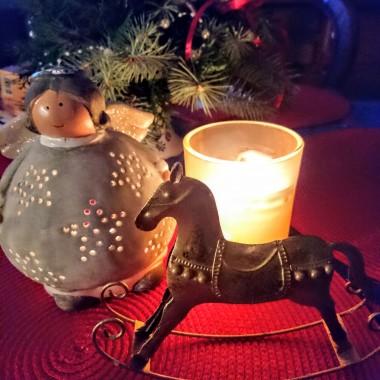 Jeszcze bez choinki .... W przedświątecznej krzątaninie:) mój zimowy domek..