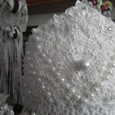 ..............korona..........z perłami........