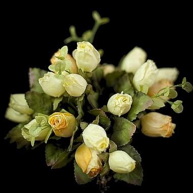 Kwiaty - sztuczne czy żywe?