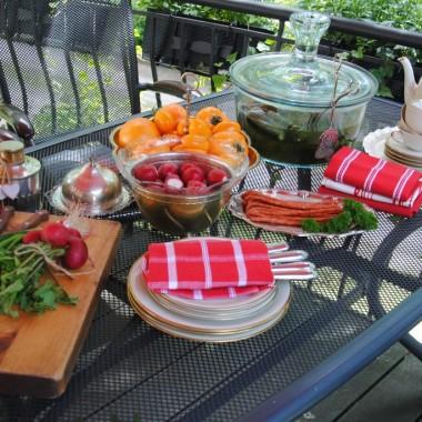 ...i rozkosznie pyszne śniadania na tarasie :)
