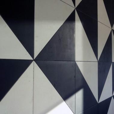 Mozaika z betonu białego i czarnego Luxum