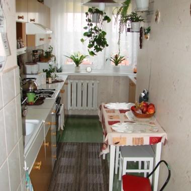 Tak wyglądała kuchnia, gdy kupiliśmy mieszkanie