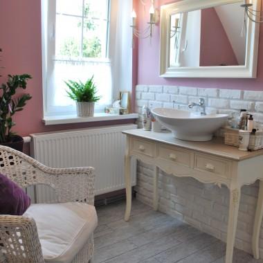 Łazienka w nowej, prowansalskiej odsłonie