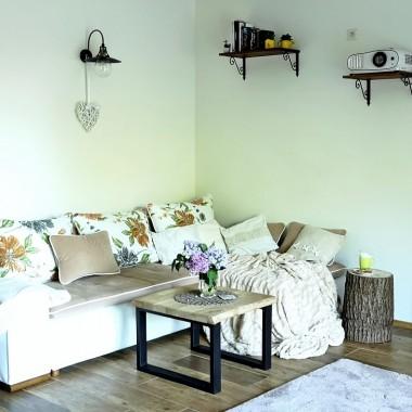 Rustykalny salon w nowoczesnym wydaniu :)Zapraszam na:http://dekostacja.pl/2018/05/28/rustykalny-salon-w-nowoczesnym-wydaniu/