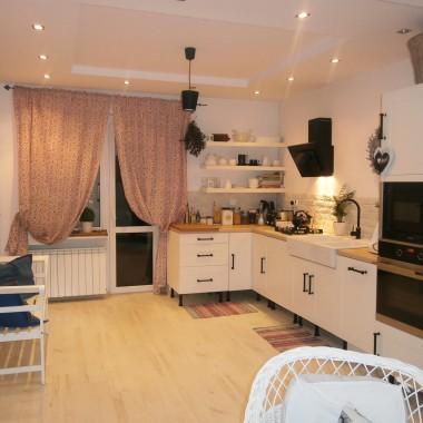 Spełniło się moje marzenie...kuchnia z ławeczką:)