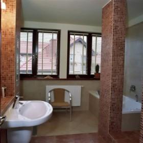 Łazienka nieco klasyczna