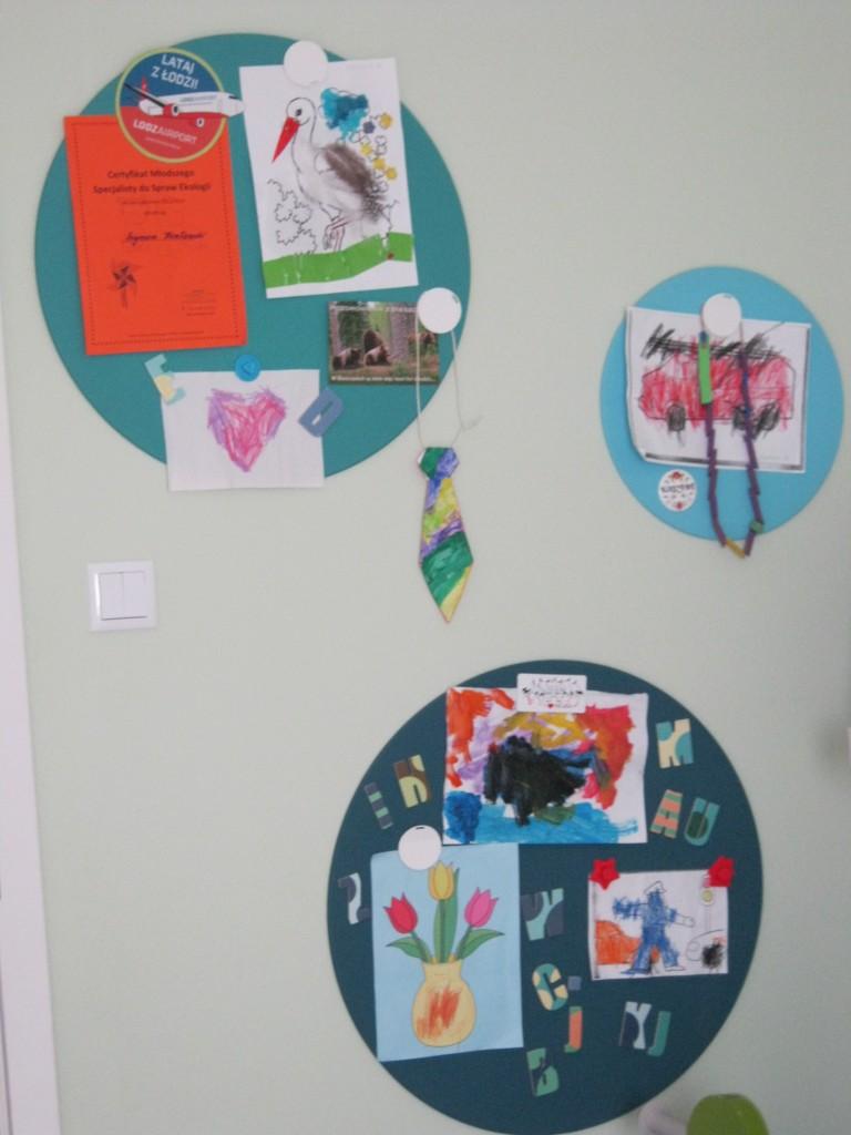 Pokój dziecięcy, Pokój czterolatka - A to efekt  pracy... galeria prac czterolatka..